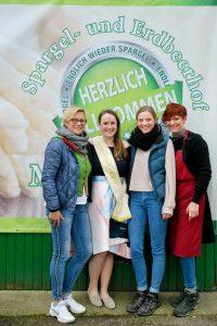 Frauenpower mit Königin: Ursula Mußenbrock, Christine I, Pia und Lea Mußenbrock freuen sich über eine gelungene Veranstaltung.